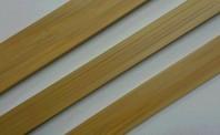 木目柄の異形押出成形の建材
